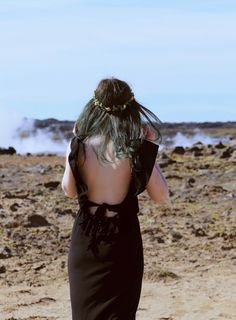 Iceland, bridal photos Iceland, Like A Riot, geothermal, boho, boho style, green hair, gunnuhver hot springs, maxi dress