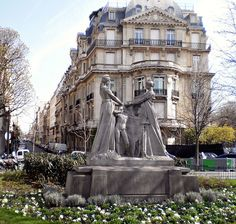 Place de l'Alma, PARIS, France