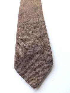 VINTAGE TERN 100% WOOL TWEED NECK TIE Mid Brown TWEED Weave FREE P&P #Tern #NeckTie