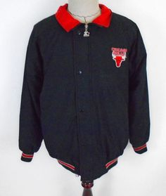 a1070bbc1 Chicago Bulls Starter Jacket size Medium Button Zip Up EUC (Hoodie not  included) #