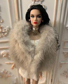 Fashion Royalty Dolls, Fashion Dolls, Doll Dresses, Goddesses, Barbie Dolls, Poppies, Doll Clothes, Couture, Pretty