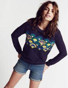 Embroidered Scallop Sweatshirt