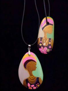 Ciondoli in stile etnico-Painted Stones di Rosaria Gagliardi