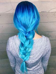 Mermaid Hair Alexa Halladay & did the most beautiful artwork on my hair ♡ Blue & Turquoise ombré hair Bright Blue Hair, Vivid Hair Color, Ombre Hair Color, Blonde Color, Aqua Blue, Hair Colors, Colorful Hair, Turquoise Hair Ombre, Aqua Hair