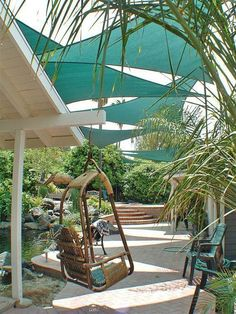 These outdoor shade ideas for the backyard are awesome whether you are looking for cover a deck, a patio or just part of your yard. The DIY patio cover ideas are very creative and simple to make and I love the gazebo and the pergola over the grill. Backyard Shade, Outdoor Shade, Patio Shade, Pergola Shade, Backyard Patio, Backyard Landscaping, Backyard Ideas, Patio Sun Shades, Sloped Backyard