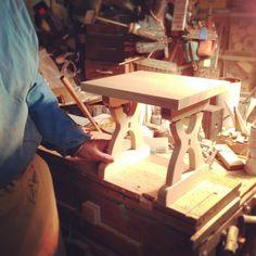 """平成27年4月2日現在の様子。  特注でいただいた『ビーンズスツールを元にした踏み台』のご注文のお品を製造中です。 お客様のご希望で""""引き出し付き""""という多機能踏み台です^^  #takayama #japan #日本 #高山市 #清見町 #kiyomi #飛騨の家具 #furnitureofhida #木工 #木製 #woodwork #woody #wooden #wood #天然木 #職人 #stool #踏み台 #日本製    --------------------- 飛騨高山清見町のオーダー家具工房 木童工房"""
