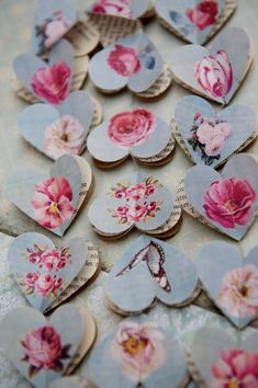 SALE Paper garland, Victorian Roses, HEARTS, for wedding, party, birthday, home decoration