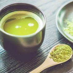 Il tè #matcha è una varietà di tè giapponese molto pregiata. Scopriamone proprietà e virtù #matchagreentea