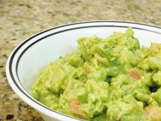 My friends have put in a request for Guacamole at this year's Christmas party. Not exactly seasonal, but I'll do it! Fresh Guacamole, Appetizer Dips, Meatless Monday, Lunches And Dinners, A Food, Breakfast Recipes, Brunch, Yummy Food, Favorite Recipes