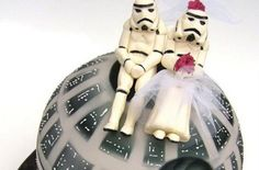 "star wars wedding cake | ... ""Star Wars""-inspired cake, check out the Death Star birthday cake"