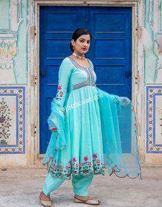 Designer Mughalai Buta Kalidar Anarkali With Salwar Suit - Jatti Couture Punjabi Suits Designer Boutique, Boutique Suits, Indian Designer Suits, Designer Wear, Embroidery Suits Punjabi, Embroidery Suits Design, Embroidery Designs, Hand Embroidery, Machine Embroidery