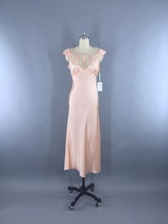 Vintage 1930s Bias Cut Nightgown / Art Deco Peach Satin Lingerie