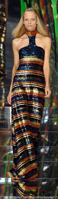 @DebraMessing would rock this @Maurício Kenzo Yamasaki  #gown. What say you @Rachel Zoe?