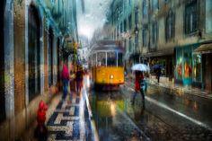 Fotógrafo registra imagens incríveisde cidades sob forte temporal