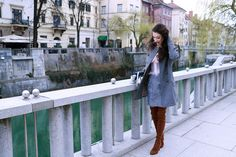 Fashion blogger Veronika Lipar of Brunette From Wall Street sharing list of 6 things successful women have in their bags