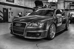 Supercharged RS4 ready to go home! #3zero3motorsports #audi #supercar