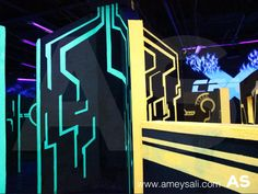 Tron, Blacklight painting, Laser Tag Arena Environment Concept, Black House, Light Decorations, Futuristic, Arcade, Neon Signs, Maze, Playground, Basement