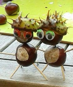 - Fall Crafts For Toddlers Autumn Crafts, Nature Crafts, Christmas Crafts For Kids, Simple Christmas, Acorn Crafts, Pine Cone Crafts, Cute Crafts, Diy And Crafts, Toddler Crafts