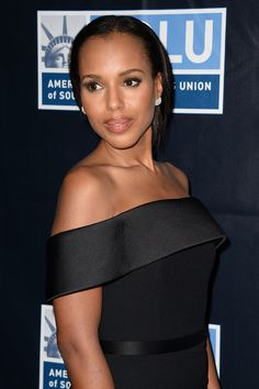 Kerry Washington attends the ACLU SoCal hosts 2015 Bill of Rights Dinner at the Beverly Wilshire Four Seasons Hotel on November 8, 2015 in Beverly Hills, California.