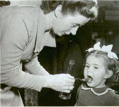 Levertraan olie.......brrrrrrrrrrrrr.         Yuck Cod liver oil. Mom gave it to us every month that ended in R