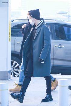 Jimin ❤ BTS at Incheon Airport #BTS #방탄소년단