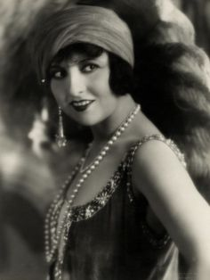 Flapper Pictures From The 1920S | Flapper Costume Ideas 1920s_Flapper_Lucy_Doraine_-_Photo_by_George ...