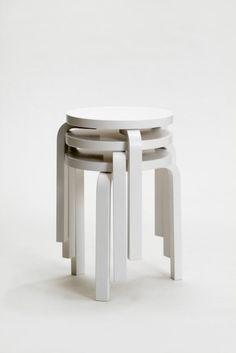 Artek Alvar Aalto, sgabello impilabile 60 / Piling up stool 60