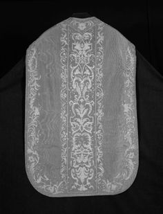 France or Italy Chasuble, Stole, and Maniple, Late 17th/early 18th century