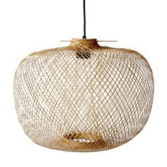 Beautiful lamp in the trendy nature look. Wicker wicker basket lamps are a top trend theme for natural furnishings. socket and ceiling suspension. Lighting Sale, Pendant Lighting, Pendant Lamps, Bamboo Pendant Light, Lustre Metal, Deco Luminaire, Bamboo Weaving, Cottages By The Sea, Deco Design
