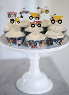 Meri Meri Big Rig Cupcake Kit  Construction party  by evescrafts