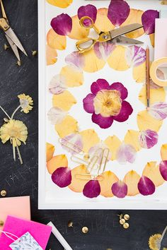 DIY pressed flower tray