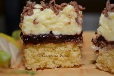 Bucataria Irinei...: Prajitura cu gem si budinca Krispie Treats, Rice Krispies, Food And Drink, Sweets, Cookies, Desserts, Passion, Cooking Recipes, Pastries