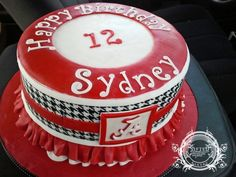 Girls Alabama (football) cake