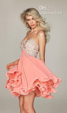 Cute light pink cocktail dress!