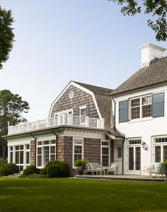 Spotlight On Some Seriously Swoon-worthy Hamptons Homes By Sawyer Berson