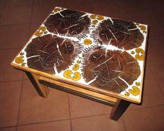 Couchtisch aus Mooreiche und Olivenholz von Intarsienwelt auf DaWanda.com