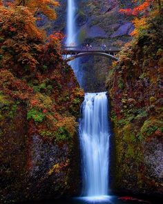Multnomah Falls is a waterfall on the Oregon side of the Columbia River Gorge, located east of Troutdale, between Corbett and Dodson, along the Historic Columbia River Gorge