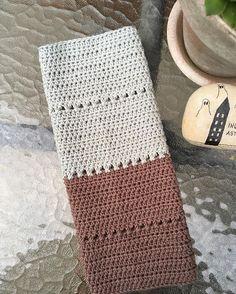 Lige en lille afstikker og så tilbage til tæppet #hækletkarklud #bomuldsgarn #hækle #hækling #crochet #cotton #kluter #dishcloth #karklud #12monthsofcrochet2016 #12moc2016 NO 63