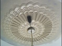 Texturing Combs Make Beautiful Ceiling Centre Medallions. Go on, Create a Craze! 2015 www.lookreadlearn.com
