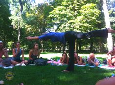 #yogastory Day 11: We held posture mechanics in the beautiful Retiro Park today. Balancing stick--- stretch and stretch!  www.evolationyoga.com/teach  #yoga #hotyoga #love #teach #spain #madrid #travel #evolationyoga