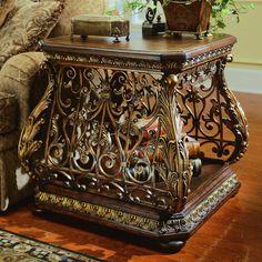 Image of Beautiful Bombay Chest Furniture Decorating