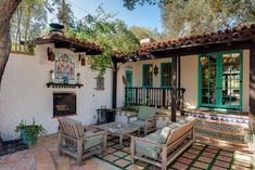 House Exterior Colonial Spanish Revival New Ideas Spanish Revival Home, Spanish Colonial Homes, Colonial Style Homes, Spanish Style Homes, Spanish House, Spanish Patio, Spanish Courtyard, Courtyard House, Brick Courtyard
