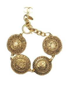 Vintage Chanel Circle Bracelet by josefa