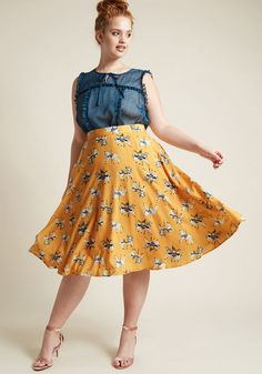 Marvelous Midi Skirt with Pockets in Carousel Horses size large Circle Skirt  Outfits 36fc61e0208