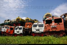 RailPictures.Net Photo: BB 301 34, BB 301 23 PT. Kereta Api Indonesia (Persero) KRUPP M350D, KRUPP M1500BB and KRUPP M700BB at Surabaya, Indonesia by Jonathan van de Bolang