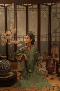 Vietnamese Clothing, Vietnamese Dress, Traditional Fashion, Traditional Dresses, Oriental Fashion, Asian Fashion, Ao Dai, Vietnamese Traditional Dress, Evolution Of Fashion