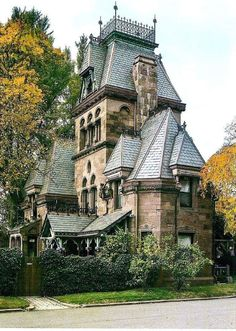 victorian home Fort Hamilton parkway Gate keepers residence Greenwood Cemetery Brooklyn NY Victorian Architecture, Beautiful Architecture, Beautiful Buildings, Beautiful Homes, Architecture Design, Beautiful Places, Victorian Buildings, Old Victorian Houses, Victorian Castle