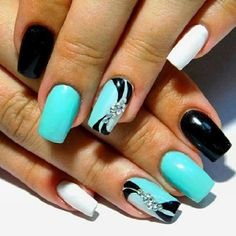 Easy-to-Do Summer Holiday Nail Art Design. Color your nails with this easy to do and pretty to see summer holiday nail art design.