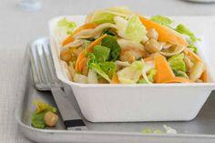Das Rezept für Salat mit Mangodressing mit allen nötigen Zutaten und der einfachsten Zubereitung - gesund kochen mit FIT FOR FUN