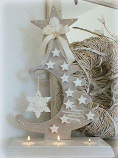 Christmas Art, Christmas Wreaths, Christmas Decorations, Christmas Ornaments, Tree Crafts, Holiday Crafts, Holiday Decor, Holiday Tree, Xmas Tree